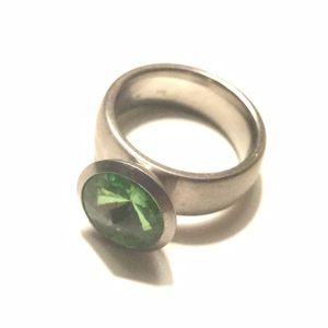 Jewelry - Fashion Ring Emerald Stone Silver 6.5